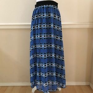 Discontinued Lularoe Lucy Skirt Size Small